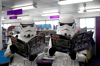 Storm troopers reading Star Wars book