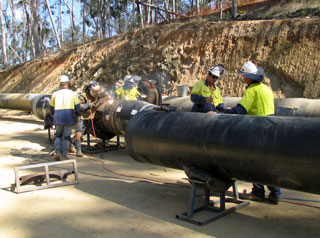 Wivenhoe pipeline in construction