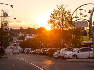 toowoomba CBD margaret st parks at sunset